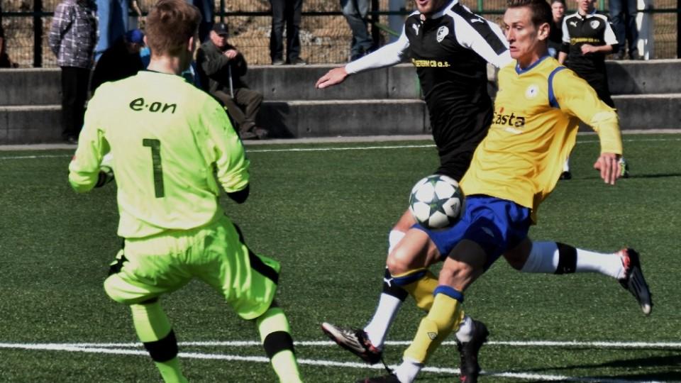 Za 22 minut dal Tomáš Froněk tři góly.