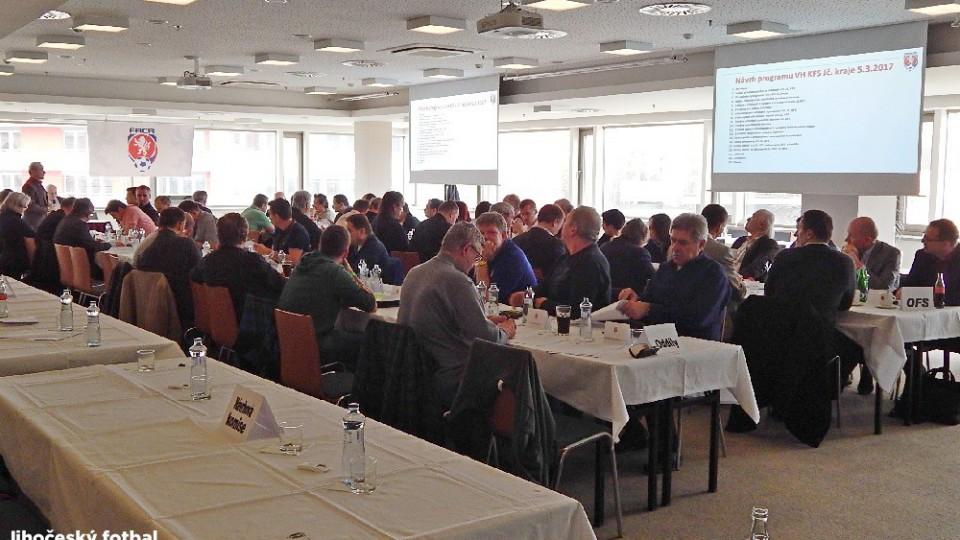 VH se zúčastnilo 32 delegátů z klubů a 35 z OFS.