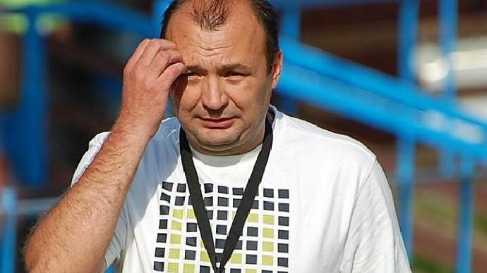 V kraji poslední Planou nad Lužnicí má dovést za záchranou nový kouč Radim Hešík