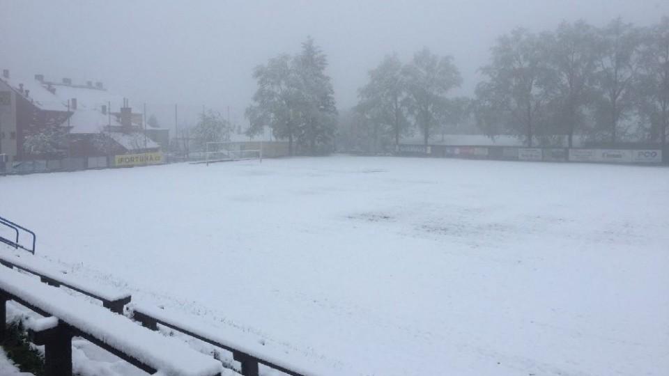 Zima se stále hlásí o slovo. Nehraje se 28 zápasů!
