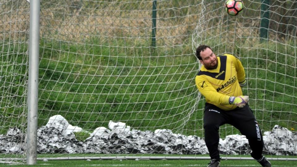 Pouzar právě překonal z penalty brankáře Rešla. Foto: Miloslav Kusbach