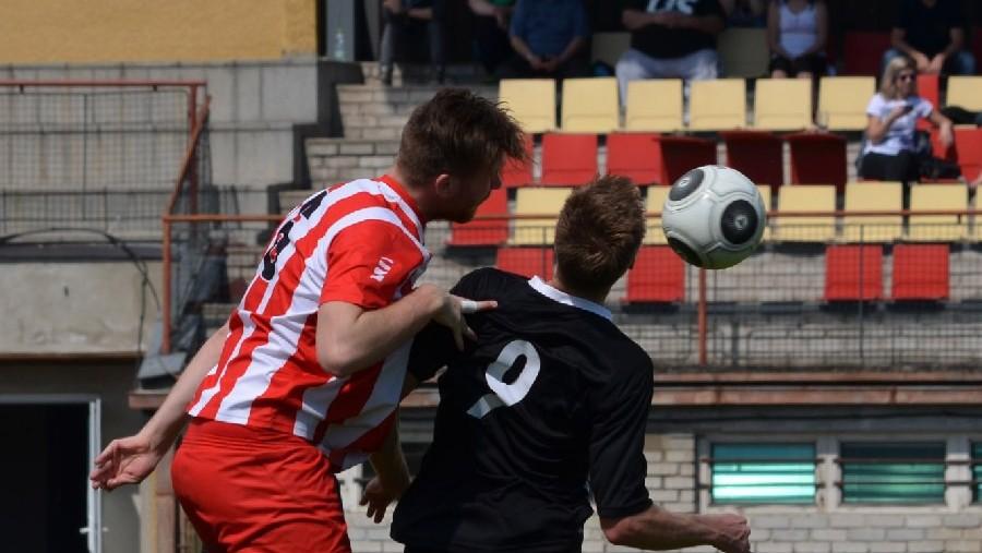 Závěr zápasu v Netolicích byl zbytečně hektický. Vyústil ve dvě červené karty pro volyňské hráče. Foto: Petr Vlasák
