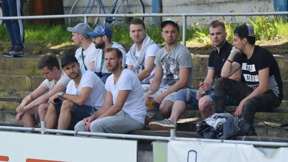 Zápas shlédli hráči táborského A-týmu, který odpoledne cestoval do Budějovic.