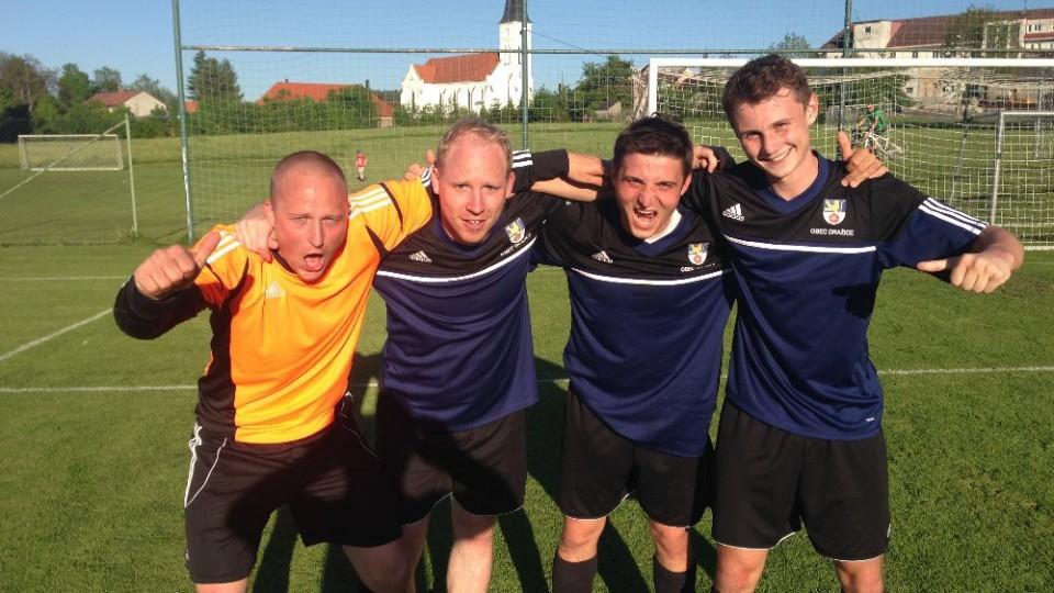 Střelci gólů Dražic – brankář Baka, Kromka, Pfeifer a D. Štecher.