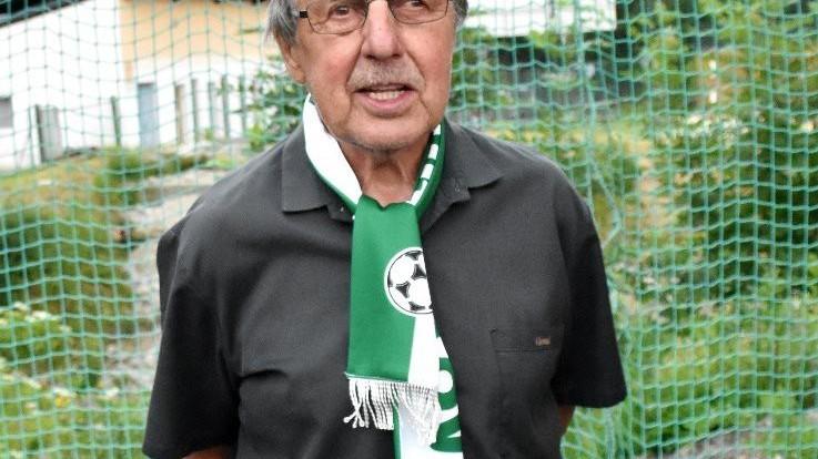 Oslavenec František Šebelka se narodil přesně v době, kdy první průkopníci zakládali fotbal v Č. Krumlově (1932).