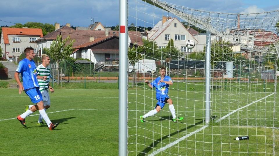 Pro domácího Ondřeje Hladíka už nebyl problém snížit na 1:2.