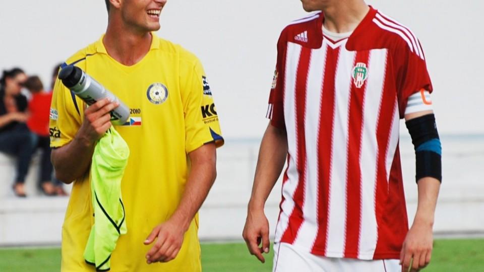 Lukáš Bodeček v dresu Žižkova v Písku s Adamem Klavíkem v roce 2011.