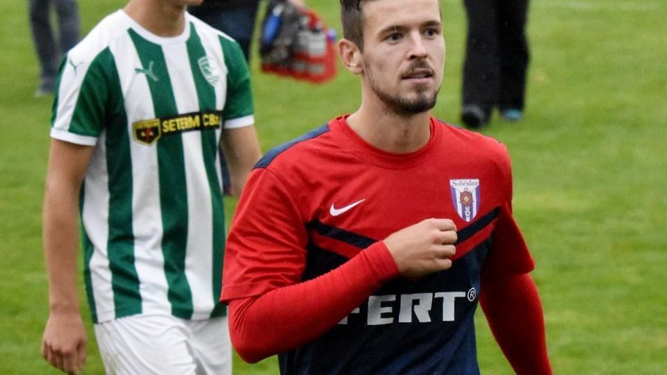 Poslední penaltu proměnil Filip Vaněk, znamenala dva body pro Spartak. Za ním jde Roman Maršík.